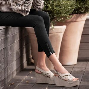 Marc Fisher LTD Bloom Grommet Platform Sandals